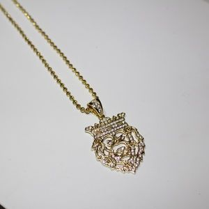 Lion Head ICED OUT Pendant w/ Chain Electroplated